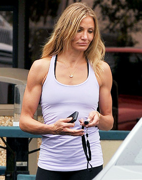 Cameron-Diaz-Arms